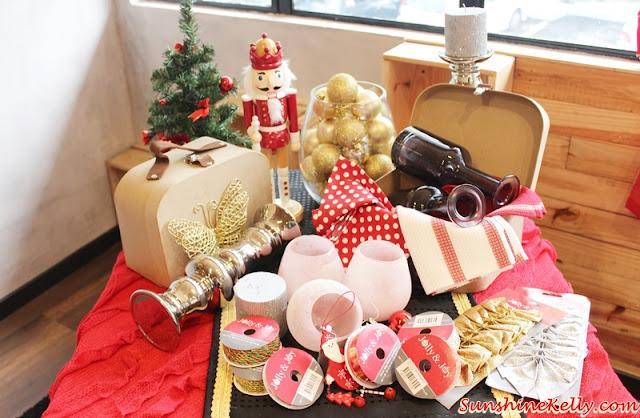 Make it Merry, Christmas decor 2015, Christmas decor, Spotlight Malaysia, spotlight, Merry and Bright, Festive Glam, Cozy Chalet, Snowy Invitation