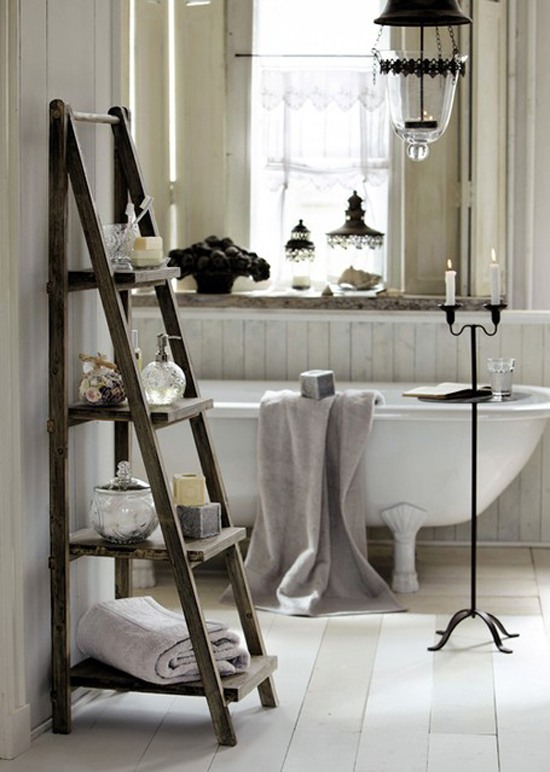 Clawfoot tub inspiration by mirabeau
