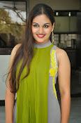 Prayaga Martin Glamorous photos-thumbnail-4