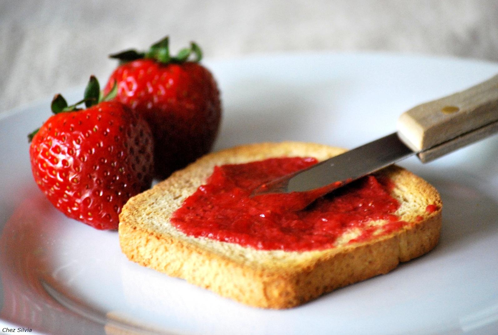 Mermelada de fresas sin az car chez silvia - Como hacer zumo de fresa ...