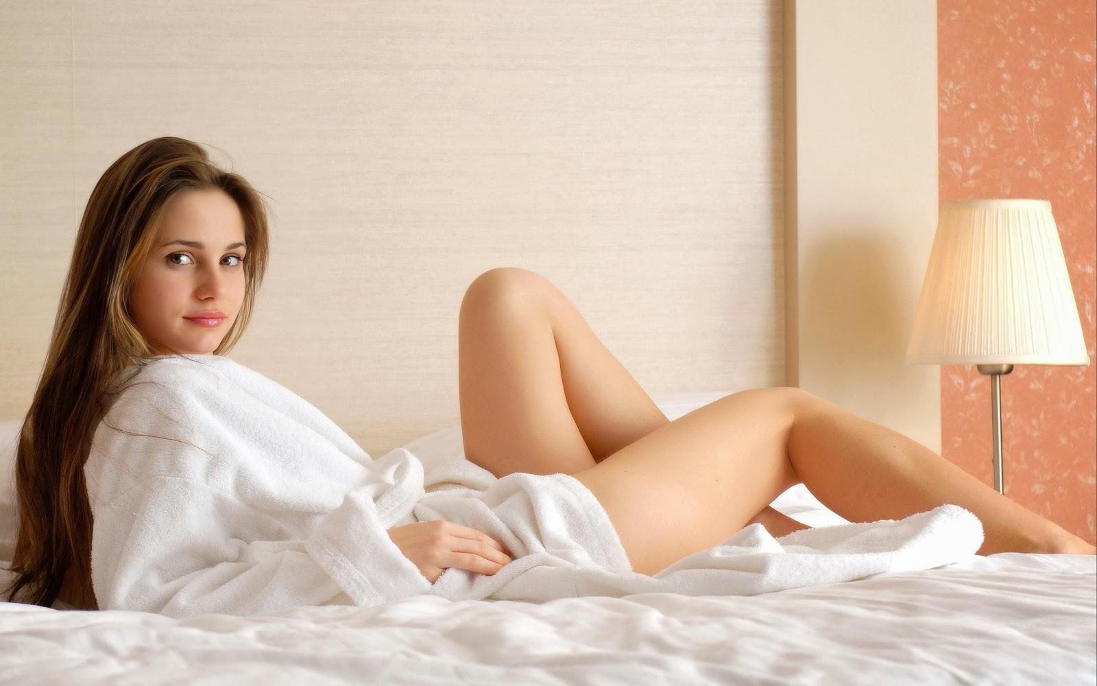 Фото жена вытворяет в постели 9 фотография