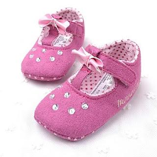 Zapatos para la Primera Edad, Niñas