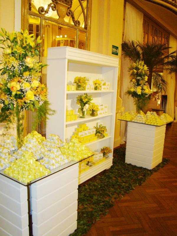 decoracao de igreja para casamento azul e amarelo : decoracao de igreja para casamento azul e amarelo:Decoracao De Casamento Amarelo E Branco