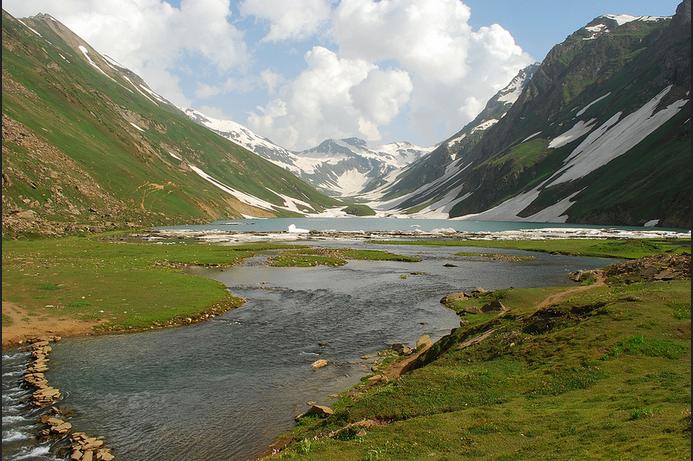 saral lake front