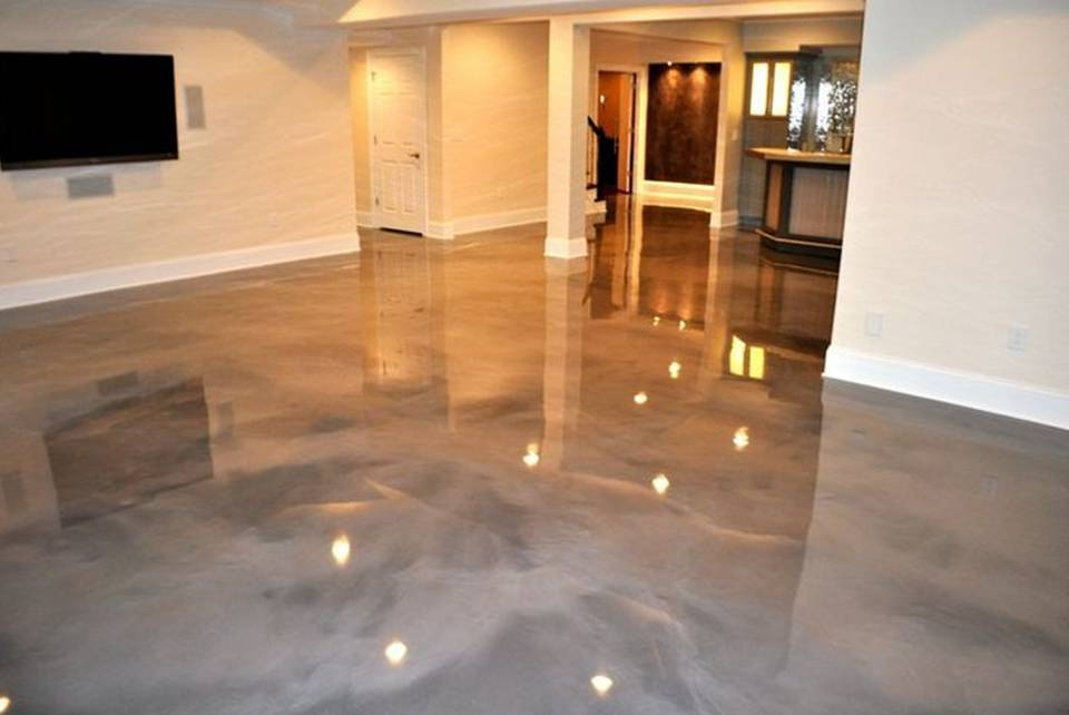 Home decor 15 decorative epoxy flooring for Concrete floors in house