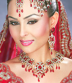 bridal accessoriesclass=bridal jewellery