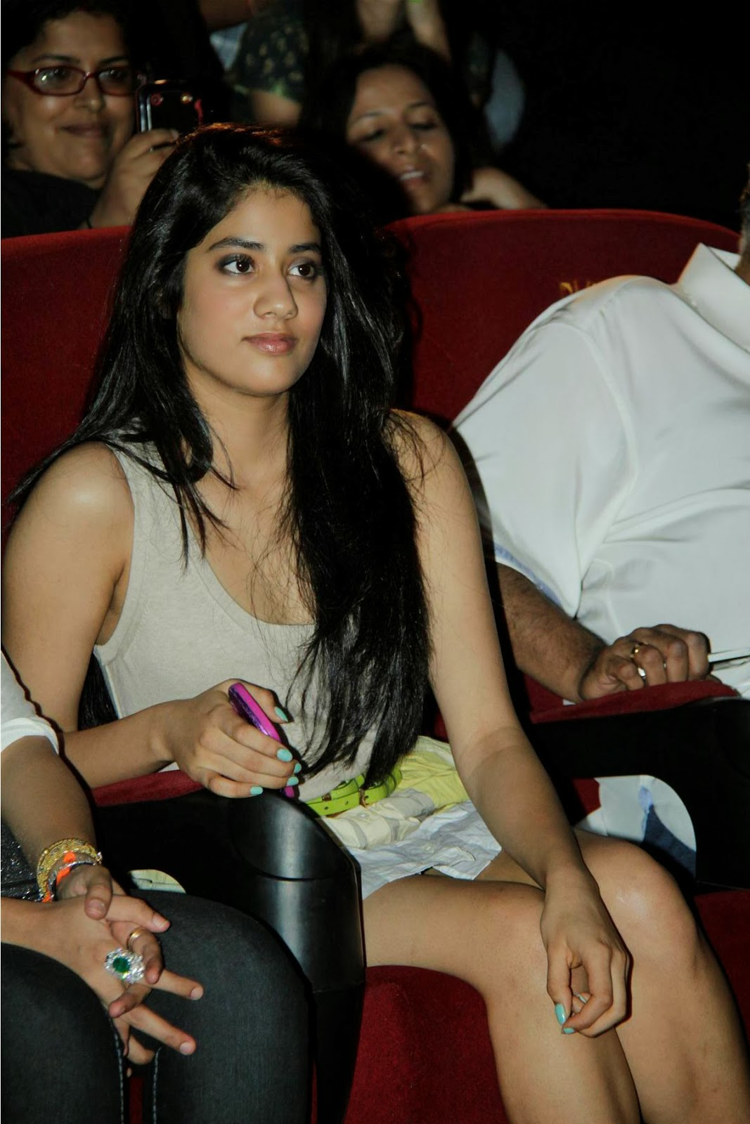 Jhanvi Kapoor HD wallpapers | HD Wallpapers (High Definition) | Free ...
