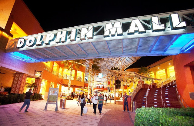 Dolphin Mall Miami Shopping