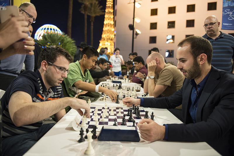 Laurence Trent le coach du champion d'échecs Fabiano Caruana en action avec les Noirs à Las Vegas - Photo © David Llada