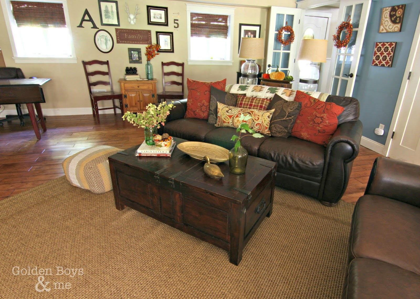 Fall family room with leather furniture-www.goldenboysandme.com