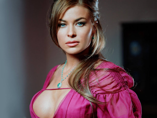 Carmen Electra Photo Gallery