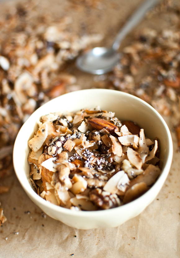 Scandi Home: Sugar-free coconut granola
