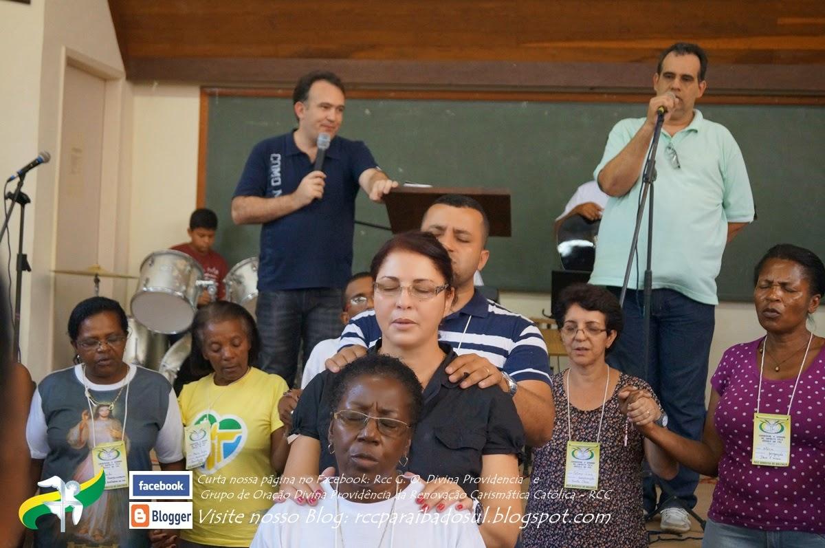 Ricardo Emílio conduz momento de Oração pelas 4 coordenações da RCC Valença