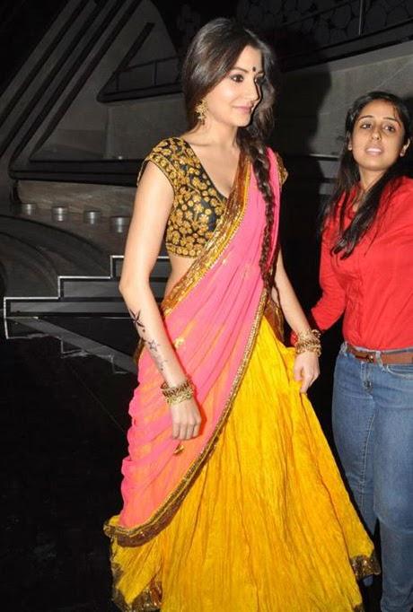 Anushka+Sharma+Spicy+Hot+Photos+In+Gorgeous+Saree008