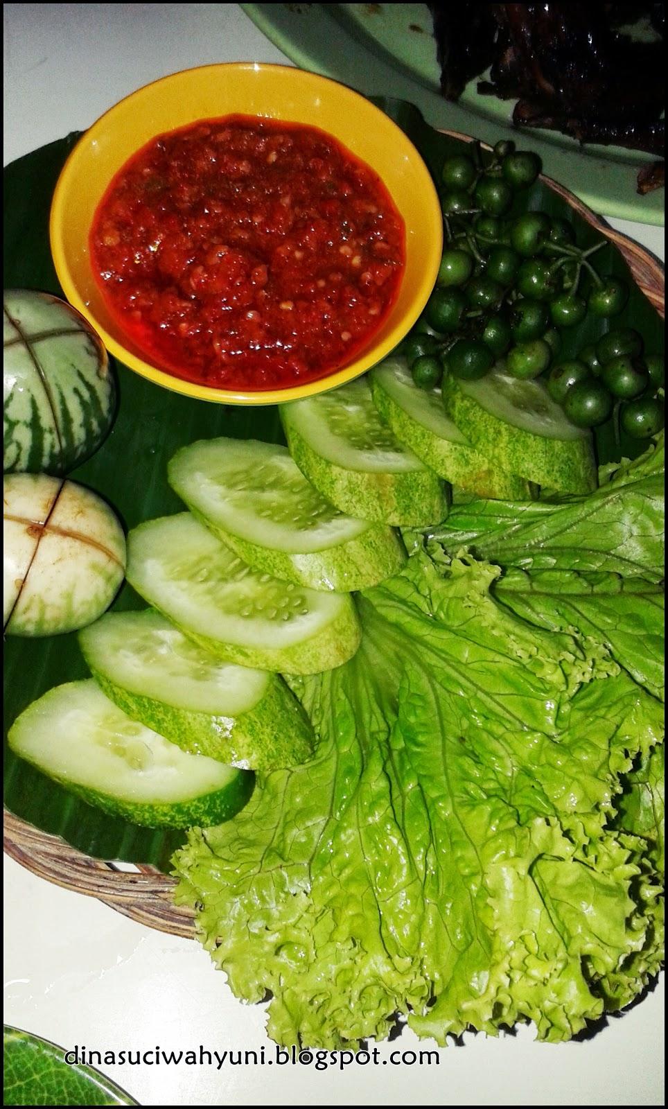 Rumah makan saung raos jdsk for Aja asian cuisine menu