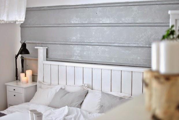 pannplåt på väggen sovrum