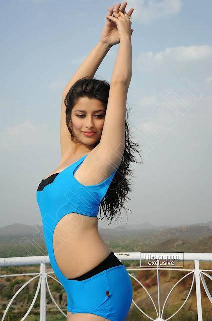 south hot madhurima sexy actress blue bikini picture   nudesibhabhi.com