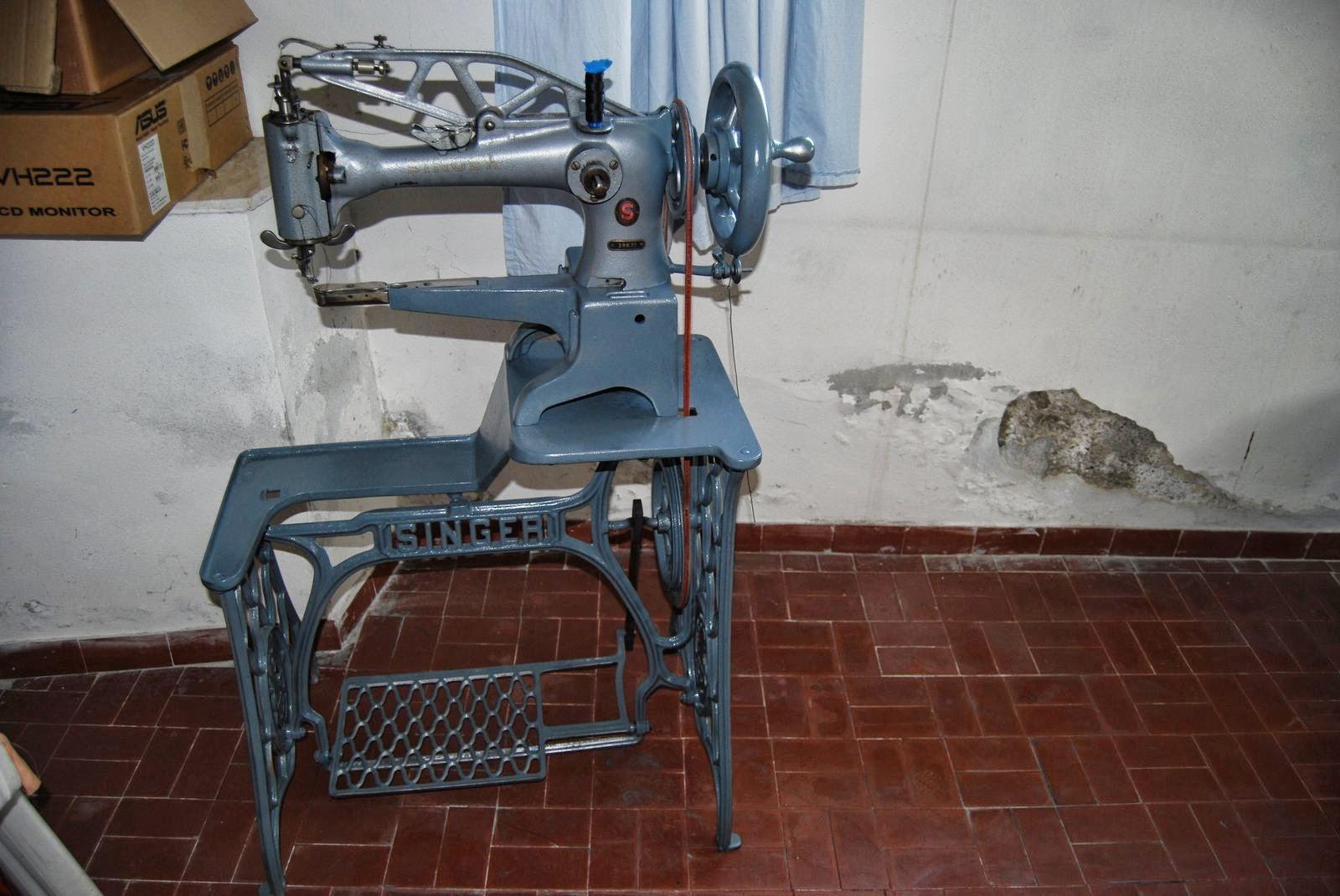 Le zampogne di attilio macchina singer per cucire da calzolai for Macchina per cucire da calzolaio