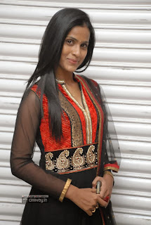 Prashanthi-Stills-at-Anaganaga-Movie-Platinum-Disc-Event