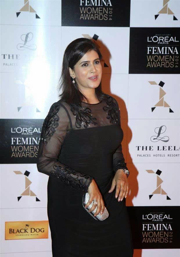 Sonali Kulkarni at L'Oreal Paris Femina Women Awards 2014