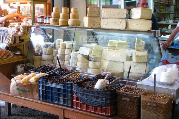 Arabic conversation about special offer on cheese