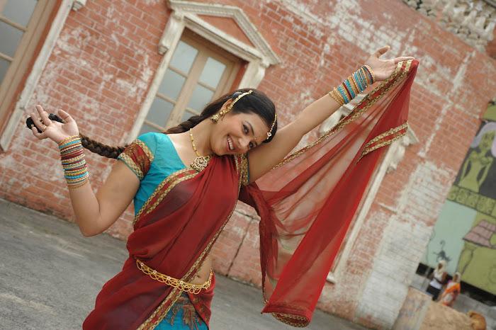 saloni from telugammayi movie unseen pics