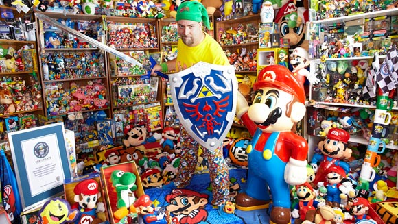 "<a href="" http://1.bp.blogspot.com/-jAd8-JVIDqc/UO-J7xgU6zI/AAAAAAAAFrs/aPaRuyBevnM/s1600/brett-martin-gamercollectionrecord.jpg""><img alt=""brett martin,kolektor mainan,world records"" src=""http://1.bp.blogspot.com/-jAd8-JVIDqc/UO-J7xgU6zI/AAAAAAAAFrs/aPaRuyBevnM/s1600/brett-martin-gamercollectionrecord.jpg""/></a"