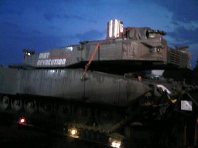 Tank Leopard Tiba di Halim Jakarta