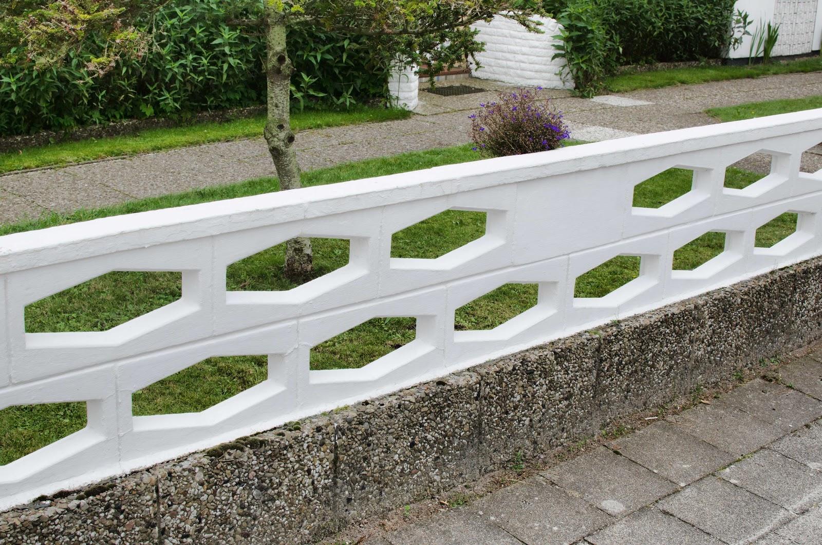 Deutscher zaun 0021 zaun stein norddeutschland 2015 for Gartenzaun stein
