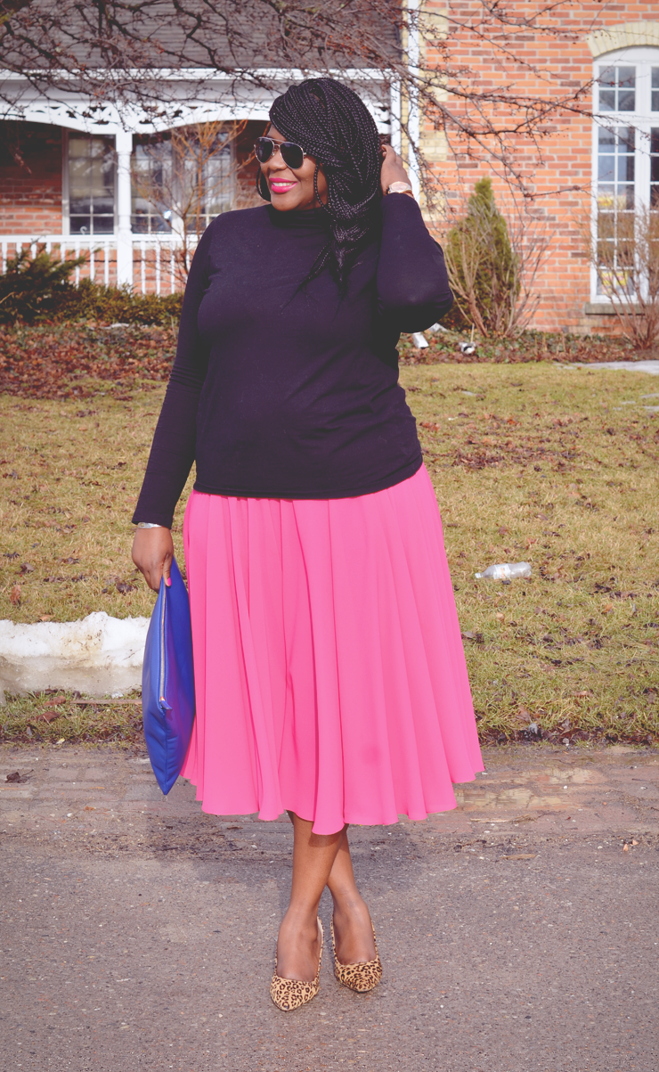 Plus size fashion for women: pinspiration #fashion #pinkskirt #howtowear #turtleneck