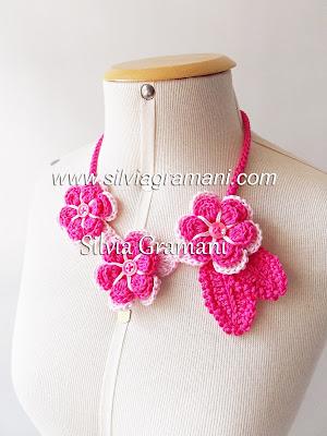 colar de croche com flores, colar rosa, pink