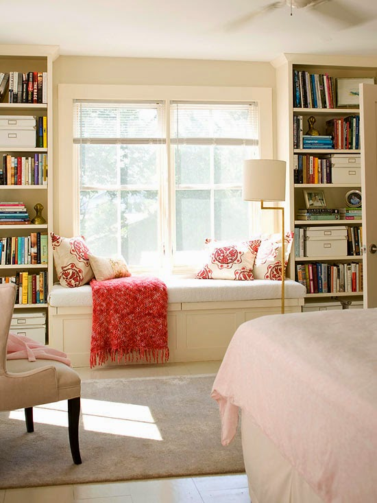 windowseat with built in bookshelves