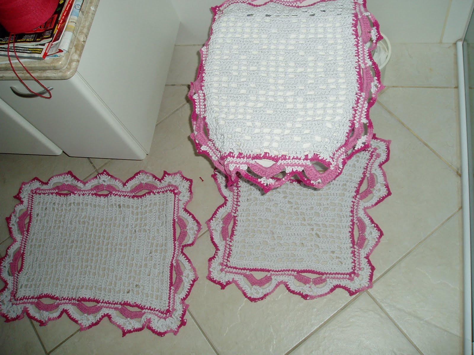 Tecendo Receitas: Jogo de banheiro em croche file branco e rosa #752538 1600x1200 Banheiro Branco E Rosa