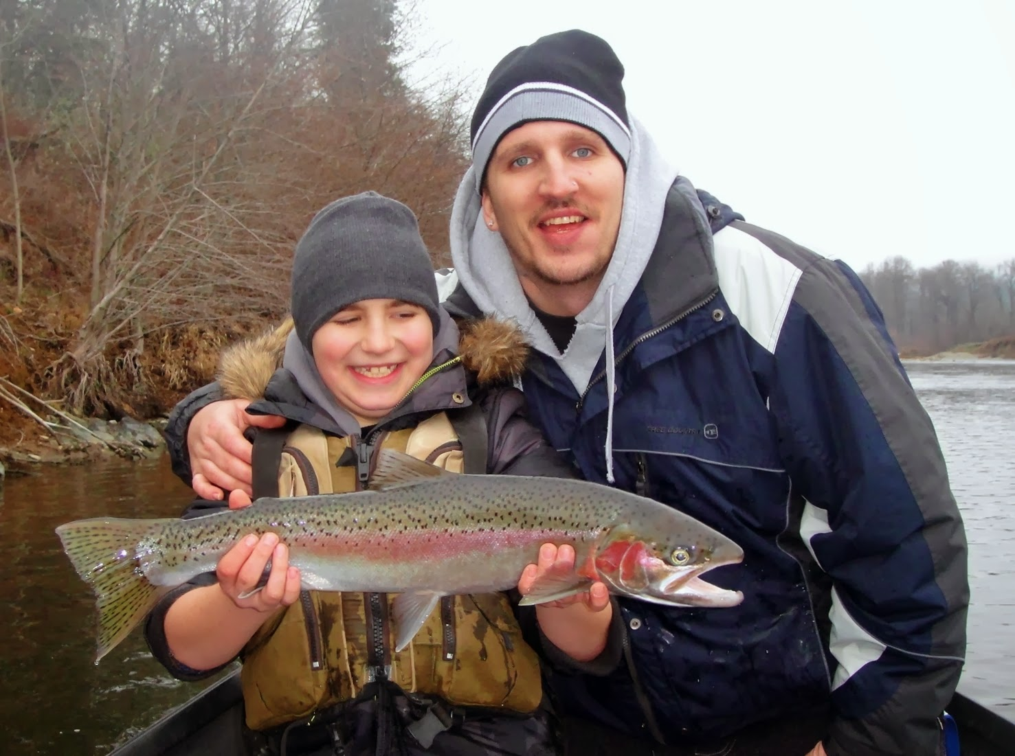 Winter-steelhead-caught-on-the-Rogue-river-Oregon