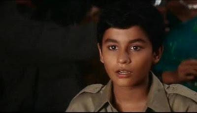 kunal khemu's childhood<
