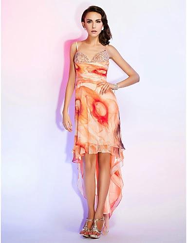 Fantásticos vestidos de fiesta asimétricos