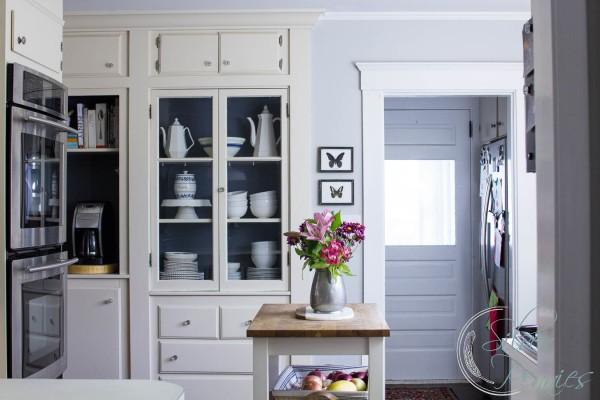 http://1.bp.blogspot.com/-jBqXEPAHcwM/Vp2Q3MS4wCI/AAAAAAAAfvM/Wrupe4vkG1A/s640/Updating-our-Kitchen-with-Paint-600x400.jpg