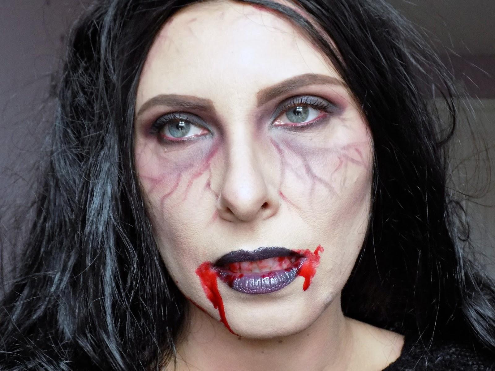 Halloween Vampire look
