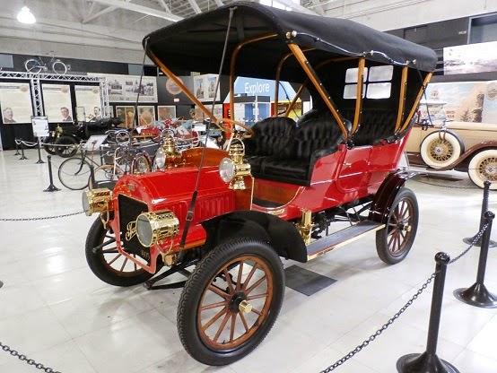 tourist automobile