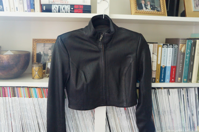 Theory Black, Fitted, Cropped leather jacket