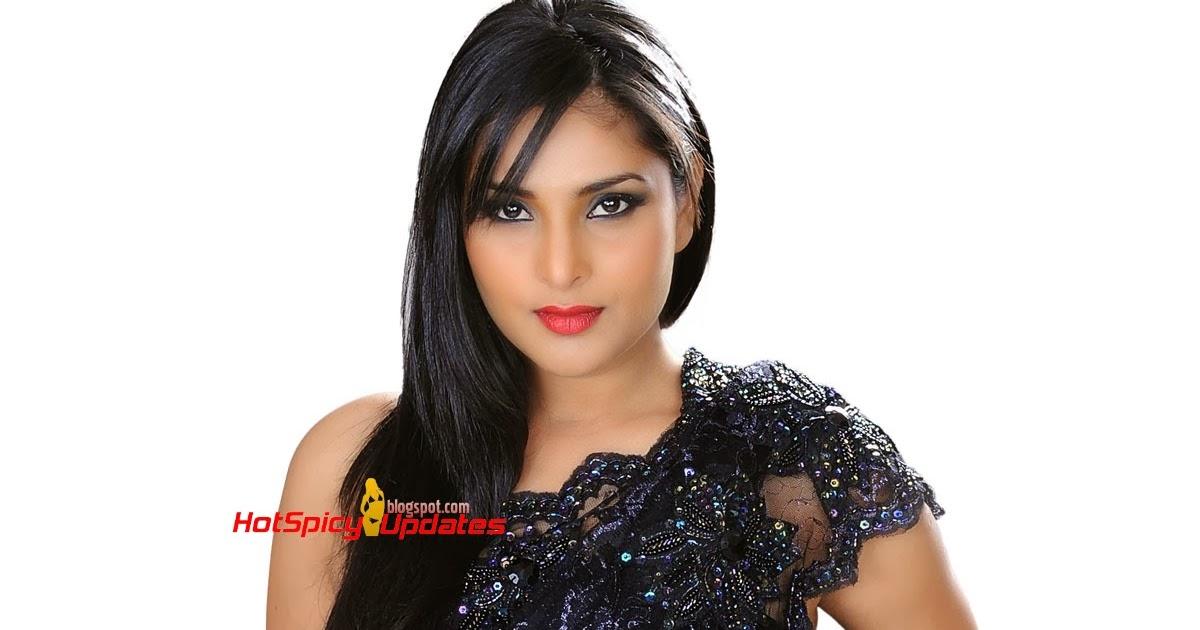 Divya Spandana Aka Ramya Latest Hot Cute PhotoShoot Stills