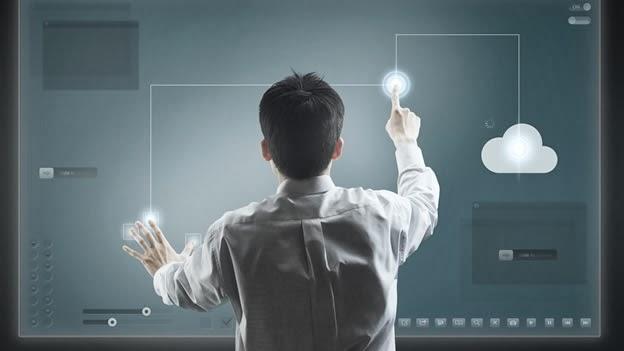 En 2015 el internet aumentará la desigualdad pero mejorará el acceso al conocimiento, según una encuesta del Centro Pew WASHINGTON (EFE) — El Centro de Investigaciones Pew vaticina que en 2025 la privacidad en internet será algo «que sólo la elite disfrutará» y que la gente seguirá favoreciendo lo que perciba como ventajas «inmediatas», en un informe divulgado este miércoles. Con motivo del 25 aniversario de la creación de la World Wide Web, que se conmemora este miércoles, el informe elaborado por investigadores de Pew y de la Universidad Elon en colaboración con 12,000 expertos, gurús tecnológicos y público interesado