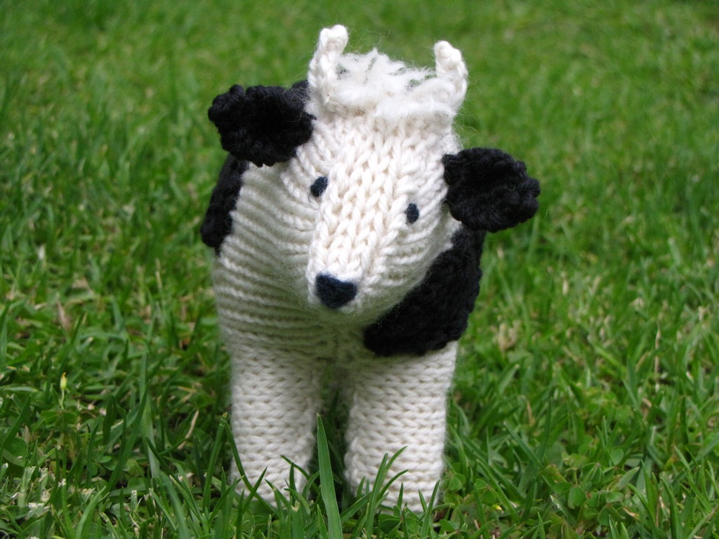 Clover, the Farmyard Cow Knitting Pattern & Giveaway - Natural Suburbia