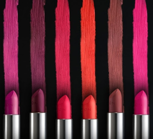Avon lança seis novas cores dos batons Ultramatte