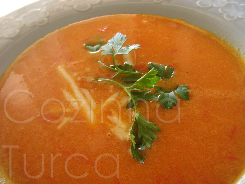 Sopa de Tomate (Domates Çorbası)
