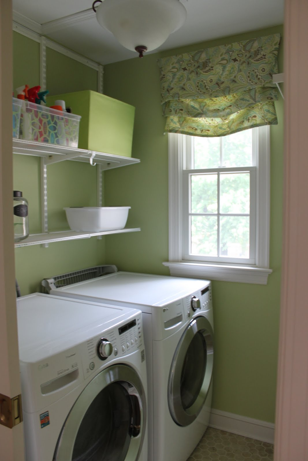 Houseography Putting Some Spin On The Laundry Room