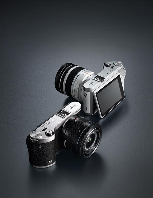 Fotografia della mirrorless Samsung NX 300