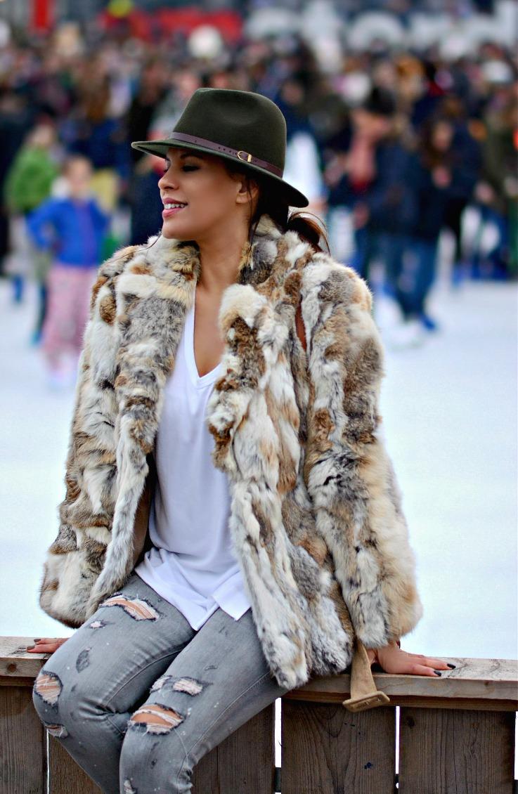 Tamara Chloé, TC Style Clues, Morgan De Toi Fur Coat, Gucci soho disco bag, Alexander Wang Scuba Sneakers, Village on Ice, Amsterdam, Museum plein