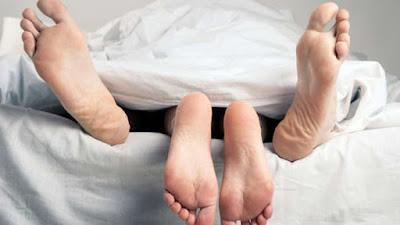 Kasihan! Di Laut Suami Digoyang Ombak, Di Rumah Istri Digoyang Polisi