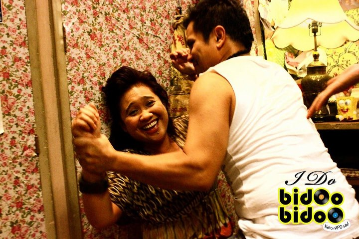 BWW Reviews: I DO BIDOO BIDOO: Filipino Version of MAMMA MIA!